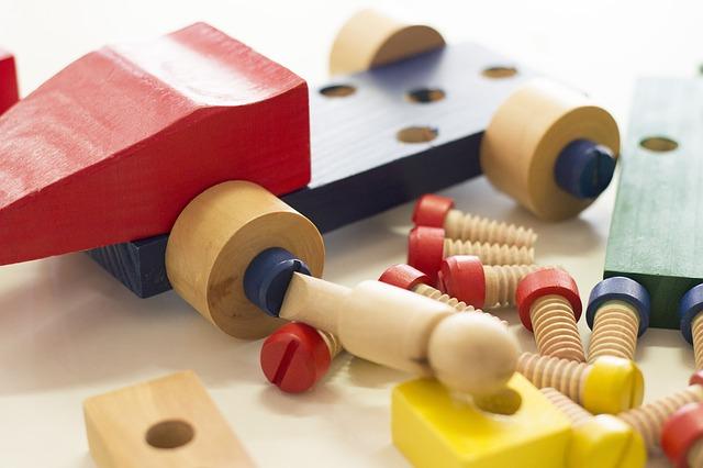Zabawki edukacyjne, elektroniczne i interaktywne dla najmłodszych i starszych